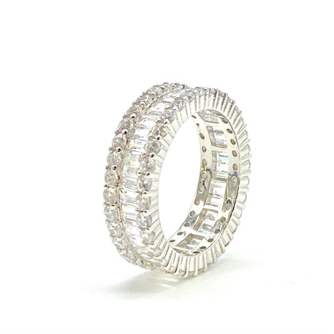 91677- Широкое кольцо-дорожка из серебра с багетными цирконами