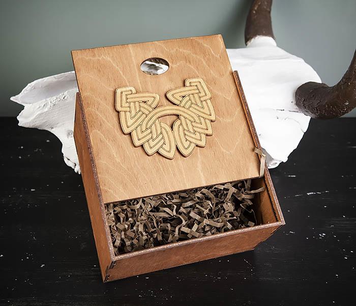 BOX217-2 Деревянная коробка с ручками с логотипом Бороды (17*17*10 см) фото 04
