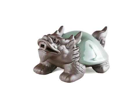 Чайная фигурка из исинской глины с нефритовой эмалью