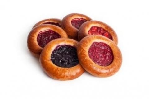 Ватрушка со свежими ягодами (в ассортименте)  Каравай-СВ (хлеб и выпечка) 0,1кг
