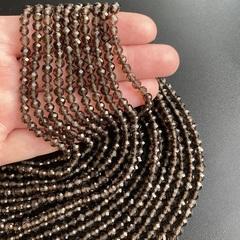 Бусины раухтопаз A граненый 4,5 мм цена за 46 бусин (~19 см)
