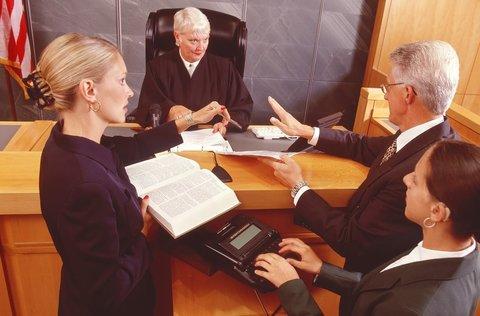 Представительство в суде как со стороны застройщика, так и со стороны участника долевого строительства