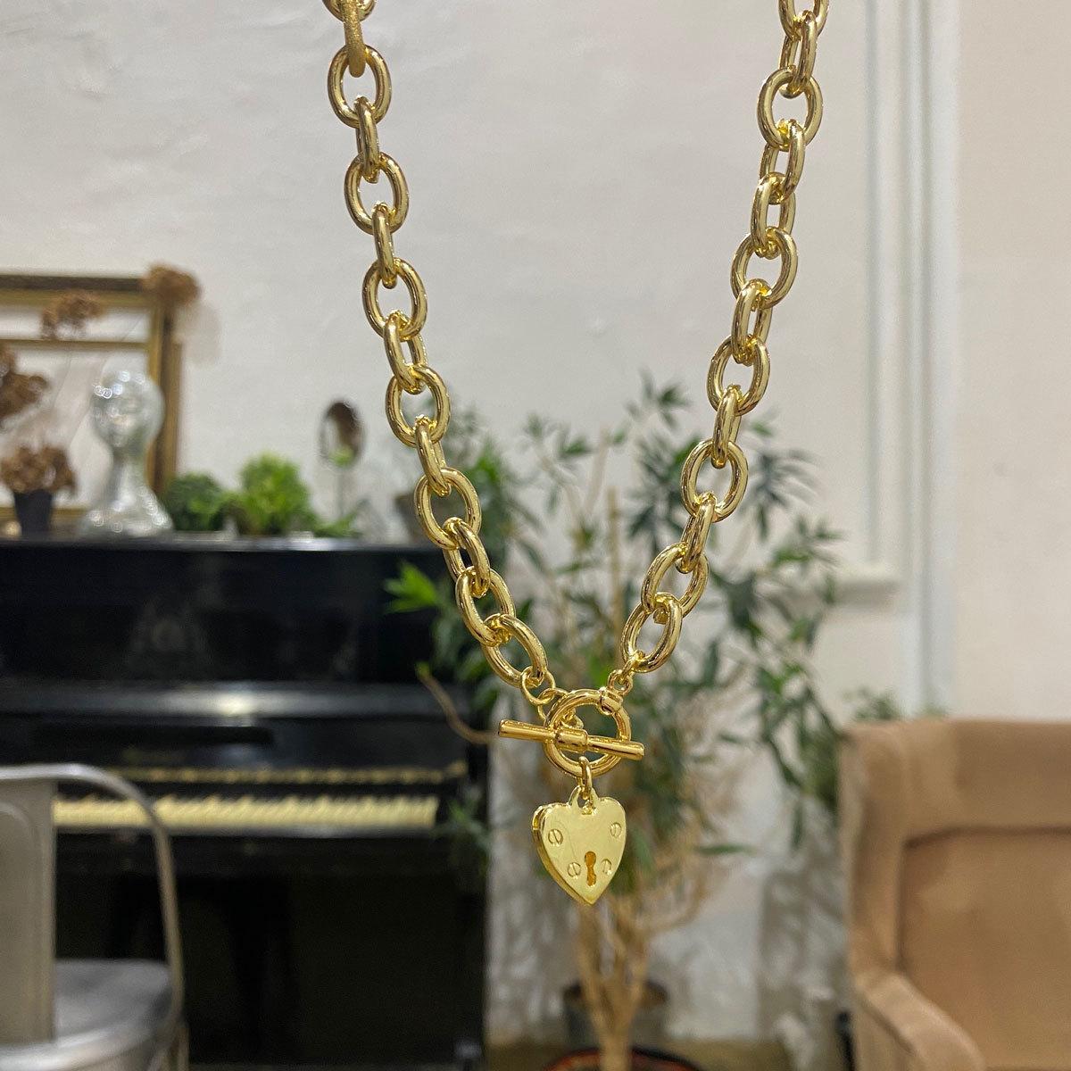 Колье-цепь с сердечком и замком-тогл (золотистый)