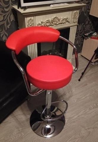 Барный стул Orion/Орион (стул стилиста, бровиста, визажиста), регулировка высоты