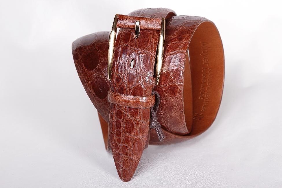 Классический мужской ремень из крокодила коньячного цвета 35-05