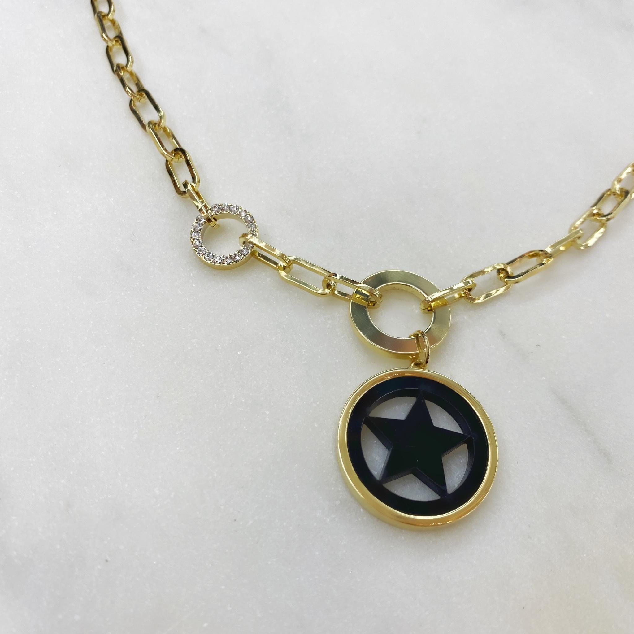 Колье-цепь с круглой подвеской Звезда в круге (черный, золотой)
