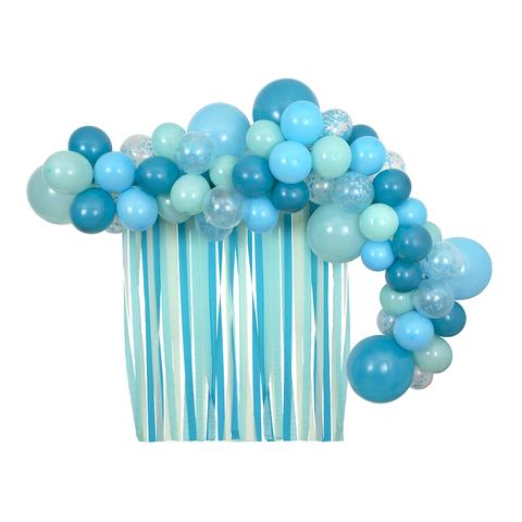 Набор голубых шаров и лент (в наборе 52 шара)