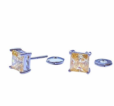 85423- Серьги -гвоздики из серебра с квадратными,желтыми цирконами lux