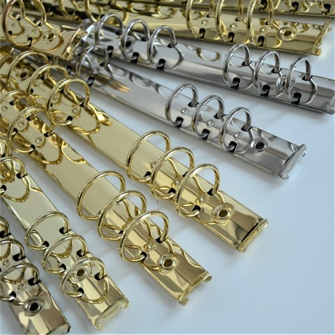 УЦЕНКА! Кольцевой механизм, золото, имеет незначительные потертости и царапины, без крепления