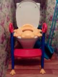 Детское сиденье на унитаз Froggie со ступенькой